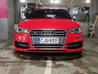käytetty Audi S3 Sportback 2,0 TFSI 221 kW quattro S tronic