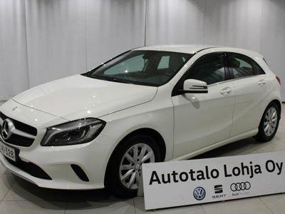 käytetty Mercedes A180 A Premium Business (MY16), ** Ledit, peruutuskamera! **