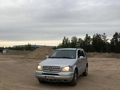 käytetty Mercedes ML270