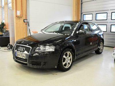 käytetty Audi A3 Compact Coupe Attraction Plus 1,4 TFSI 92 kW ** Suomiauto / Vakkari / Huippurenkaat **