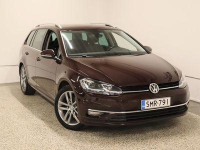 käytetty VW Golf Variant Highline 2, 0 TDI 110 kW (150 hv) DSG-automaatti / Webasto / Navigointi / Kamera / Koukku / Mukautuva vakionopeussäädin