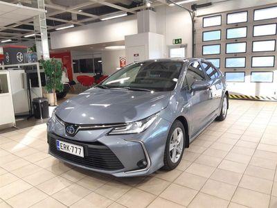 käytetty Toyota Corolla Sedan 1,8 Hybrid Active Plus paketilla