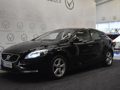 käytetty Volvo V40 D2 Business aut ,Korkotarjous 1,99%+kulut! Juuri katsastettu! Lisälämmitin, P.tutka, Cruise yms!