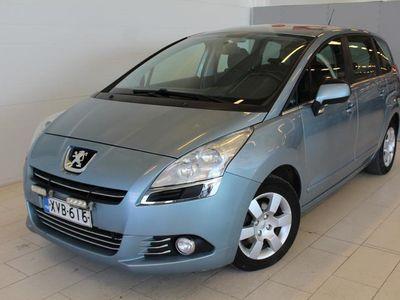 käytetty Peugeot 5008 Premium HDI 110 FAP 5 p - Tilava ja taloudellinen !