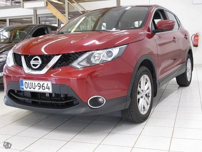 käytetty Nissan Qashqai DIG-T 115 ACENTA 2WD XTRONIC E6 SAFETY PACK.