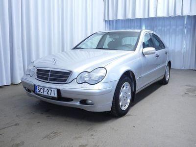 käytetty Mercedes C180 4d A