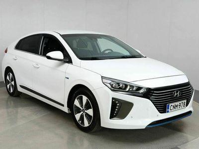 käytetty Hyundai Ioniq plug-in DCT Style Automaatti / Navigointi / Kaistavahti / Adapt.Vakionopeudensäädin / Ratinlämmitys / Infini
