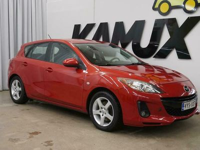 käytetty Mazda 3 5HB 2,2 TD Elegance 5MT 5-ov / Navigointi / Vetokoukku / Hyvink huollettu /