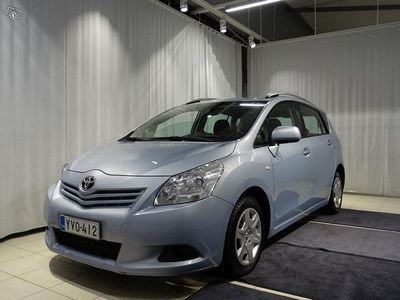 käytetty Toyota Verso 1,8 Valvematic Linea Terra MdriveS 7p