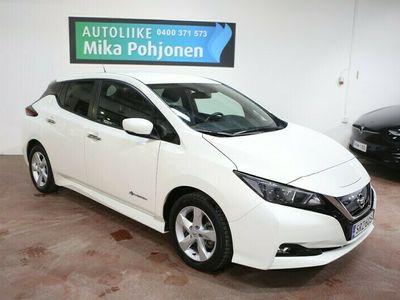 käytetty Nissan Leaf 40 kWh CHAdeMO pikalataus + Type 2 - toimintamatka 285 km (WLTP) / kamera, 2 x renkaat aluilla