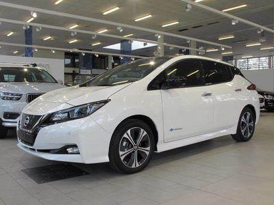 käytetty Nissan Leaf N-Connecta 40 kWh 2-tone FI
