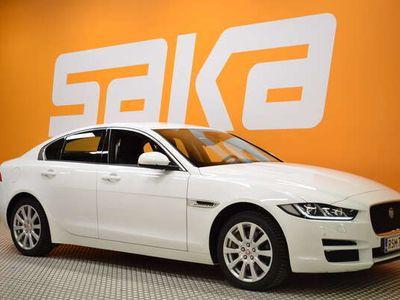 käytetty Jaguar XE 20d AWD Pure Business A Polt.toiminen lisälämmitin, Kaistavahti, Pysäköintiapu, Neliveto