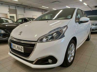 käytetty Peugeot 208 Active PureTech 82 5-ov ** Juuri saapunut! **
