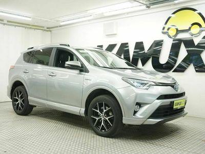 käytetty Toyota RAV4 2.5 vvt-i hybrid Lounge 2wd e-cvt my17 sähkökäyttöinen tavaratilan kansi / takaluukku (avaus + sulku) / automaattinen ilmastointi, 2-alue