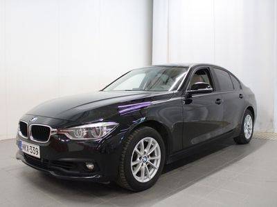 käytetty BMW 320 320 F30 Sedan i A xDrive Business Exclusive Edition - Tähän autoon tarjolla Automessu-tarjouksia!