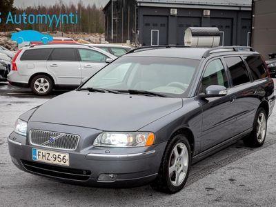 käytetty Volvo V70 2.5T AWD Classic Busin Sportswagon GearT