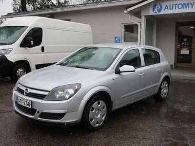 käytetty Opel Astra 6 Twinport Enjoy 5d