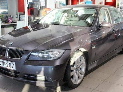 käytetty BMW 330 i 4d (E90)