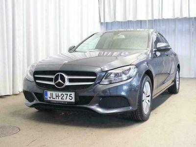 käytetty Mercedes C200 Cd Sedan (AA) 4ov 2143cm3 A NAVI / HYVIN HUOLLETTU