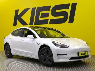 käytetty Tesla Model 3 Standard Range Plus RWD / Autopilot / Premium äänentoisto / Lasikatto / Kamerat / Nahkasisusta