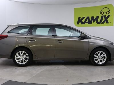 käytetty Toyota Auris Touring Sports 1,8 Hybrid Active // Vakionopeudensäädin / Kaistavahti / Peruutuskamera //