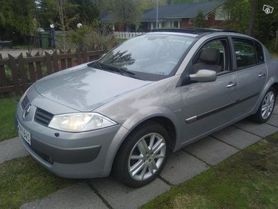 used Renault Mégane sedan 1.6