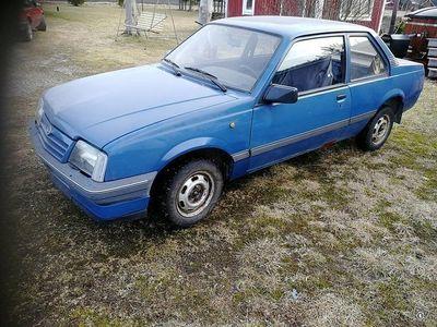 käytetty Opel Ascona c 1.4i - 86