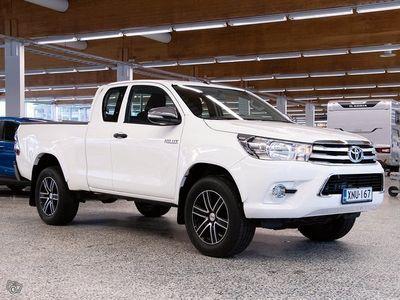käytetty Toyota HiLux Extra Cab 2,4 D-4D 150 4WD Life