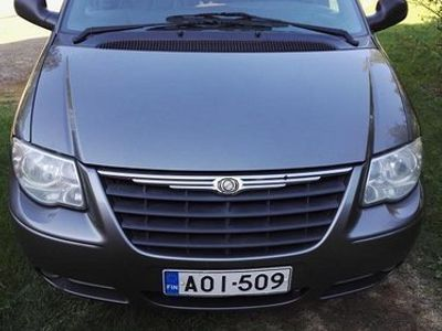 used Chrysler Voyager 5dmpv 2,8crd-automatic