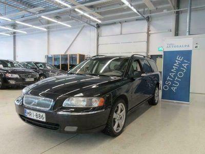käytetty Volvo V70 2.5T AWD Classic aut