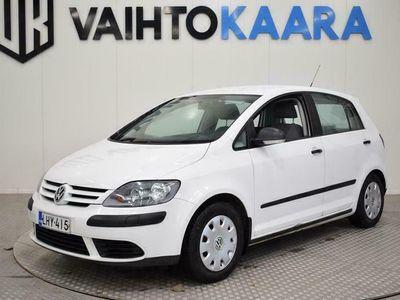 käytetty VW Golf Plus 1,6 85 kW FSI Trendline # Vetokoukku. Lohkolämmitin # Tilava ja nätti Golffi #