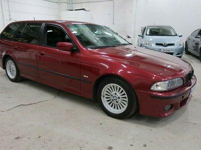 käytetty BMW 540 iA Touring 4,4 V8 210kW / 286hv // Seur. kats. 09/2021! // Vaihto/Rahoitus