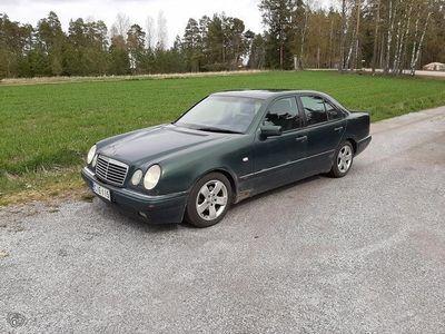 käytetty Mercedes E290 Avantgarde 4d