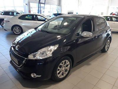 käytetty Peugeot 208 Style VTi 82 5-ov - **Korko 1,49 % **Hyvitys autosta 1500e