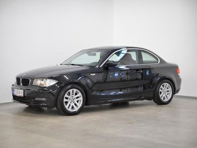 käytetty BMW 120 Coupé D A E82 Coupe - Parkkitutkat, Xenonit, Lasikattoluukku, Urheilunahkapenkit..