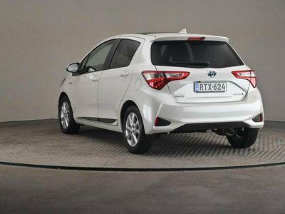 käytetty Toyota Yaris 1,5 Hybrid Premium Business 5ov -Harvinainen yksilö-