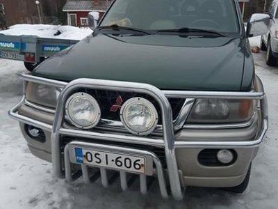 käytetty Mitsubishi Pajero sport 3.0v6 autom