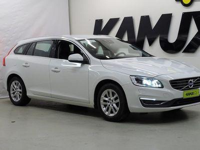 käytetty Volvo V60 D3 Classic Summum aut / Tulossa myyntiin / VOC / Vetokoukku / Webasto / Adapt Vakkari / Navi