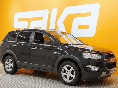 käytetty Chevrolet Captiva SUV LTZ 2,2D 135kW AT6 AWD titanium, 7-henk. ** JUURI TULLUT! / NAHKASISUSTA / JUURI HUOLLETTU **