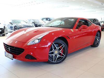 käytetty Ferrari California 3,9 V8 DCT, Keraamiset Jarrut, Rosso Corsa, Hiilikuituratti, Nahkaverhoilu, Keraamiset jarrut