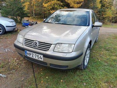 käytetty VW Bora 1.6 - 2004