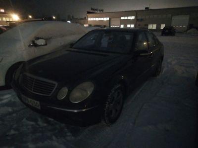 käytetty Mercedes E320 CDI A - 6-kone / Vetokoukku / Vakionopeudensäädin / Automaatti!