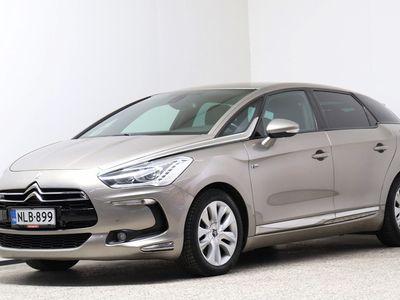 käytetty Citroën DS5 Hybrid4 Chic - Neliveto, automaattivaihteisto, harvoin tarjolla.