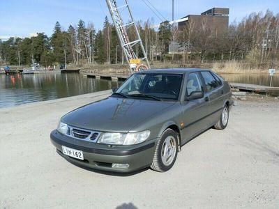 käytetty Saab 9-3 9-3 4D Hatchback2,0-D-55J-261 Hyvä yksilö Katso Kysy Lisää
