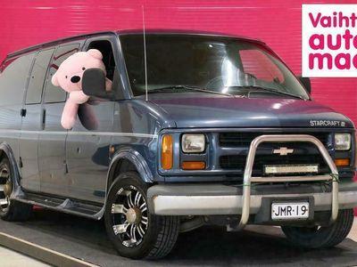 käytetty Chevrolet Starcraft Chevy Van 20SL 6,5TD V8 AT *Vetokoukku* *Invertteri* *Popit*