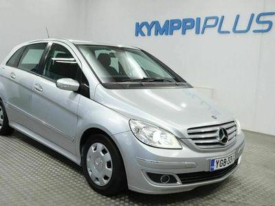 käytetty Mercedes A170 BClassic - ** RAHOITUSKORKO 1,49% ** - Koukku / Automaatti / Just leimattu / Uusi tuulilasi