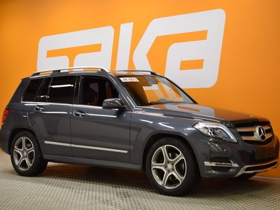 käytetty Mercedes GLK220 BlueTec 4Matic A Premium Business ** ILS / Tutkat / Sähköluukku / Nahka-alcantara / Juuri tullut **