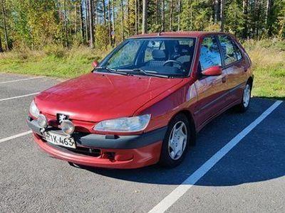 käytetty Peugeot 306 XR 1.8 5d A