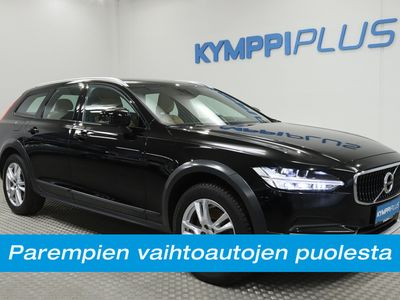 käytetty Volvo V90 CC D4 AWD Business aut - Nahat / Navi / VOC / Adapt. vak. / Koukku