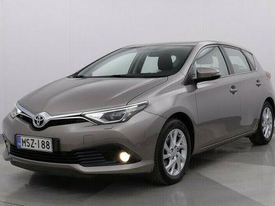 käytetty Toyota Auris 1,2 T Active - #PLUS-PAKETTI #LOHKO #NAVI